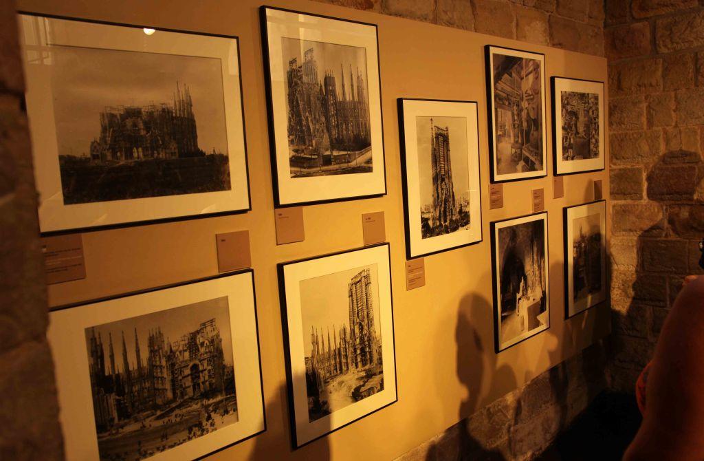 WP Barcelona Gaudi Sagrada Familia 32